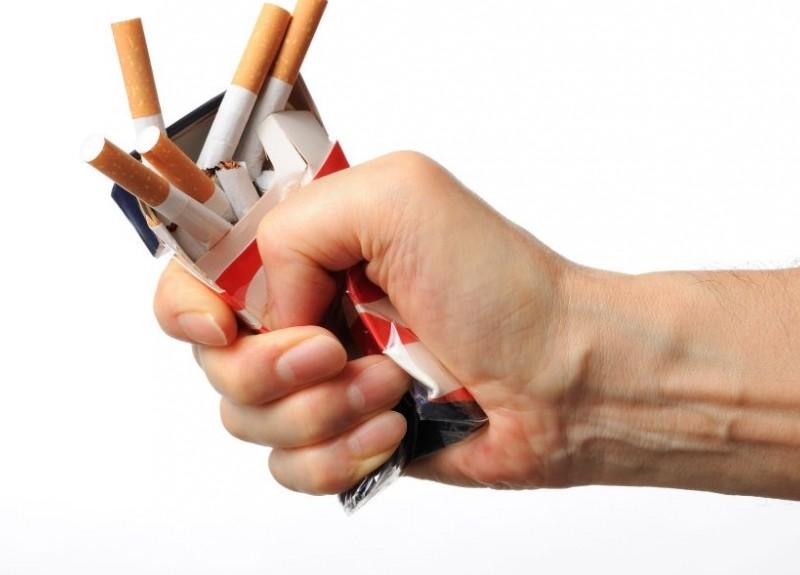 Dejar-de-fumar-con-hipnosis-en-el-embarazo