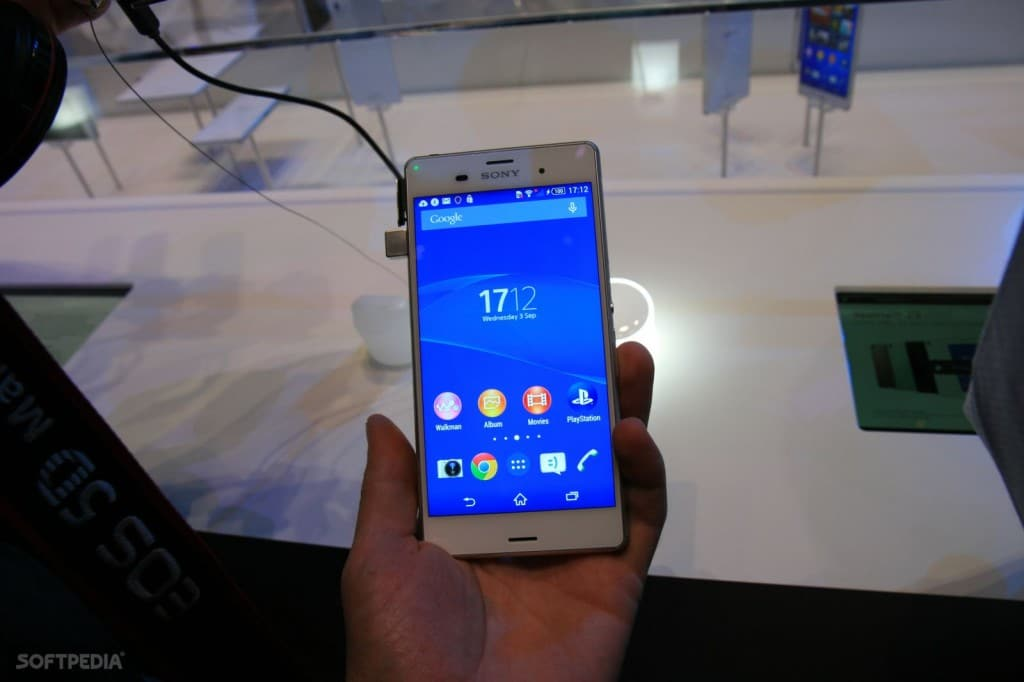 IFA-2014-Sony-Xperia-Z3-and-Xperia-Z3-Compact-Hands-On-457835-4